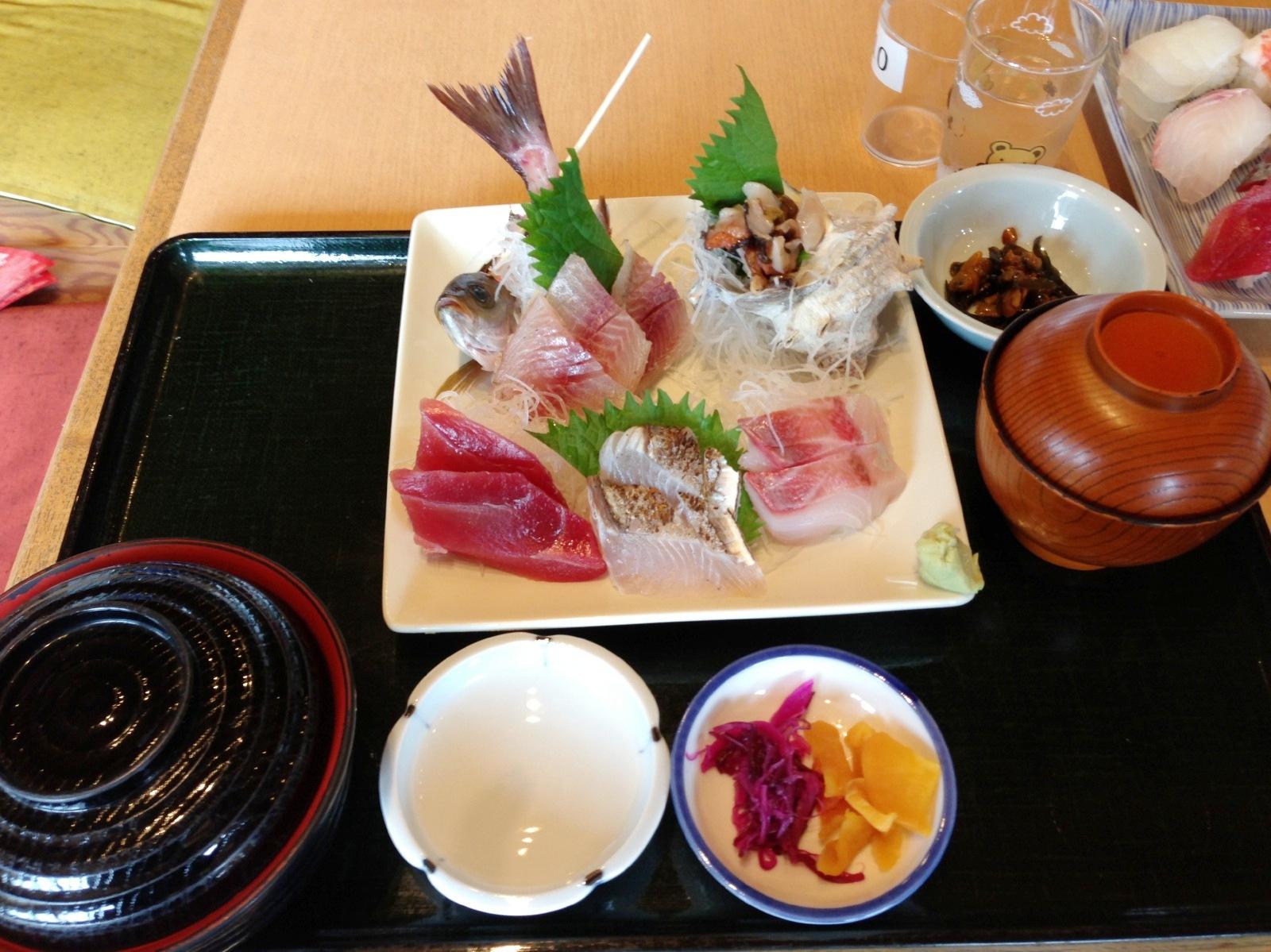 Delicious Sashimi-zen