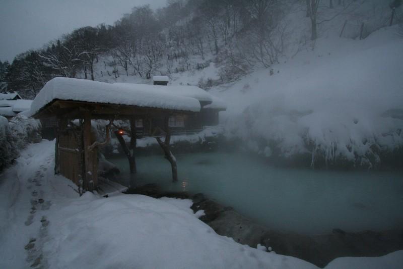 Tsurunoyu onsen, Akita