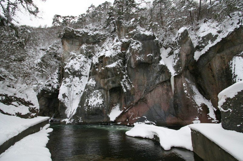 Fukiware gorge in winter
