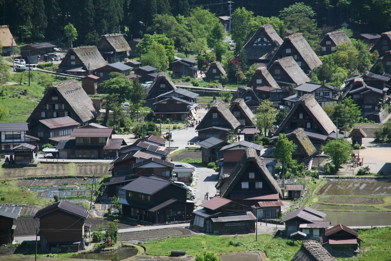 Shirakawago in spring