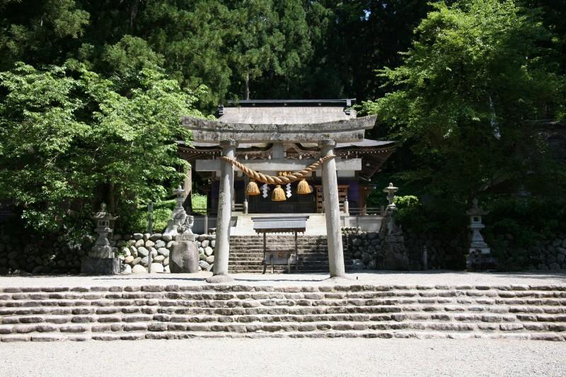 Shirakawa Hachiman Jinja, Shirakawago