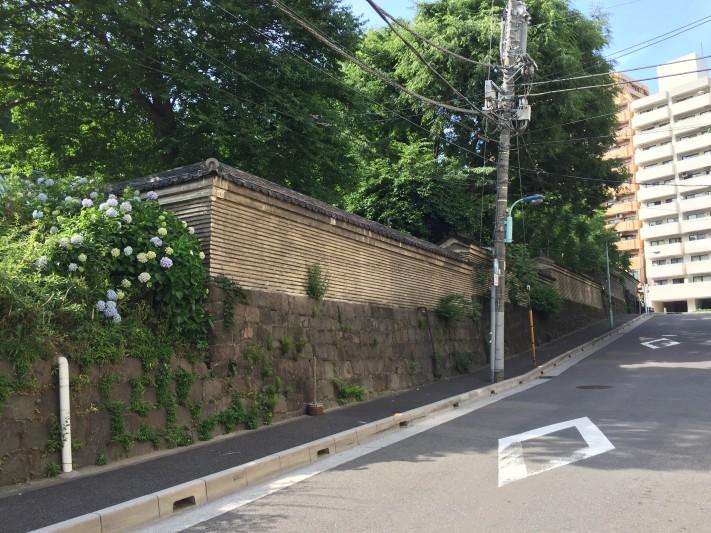 the Walls of Japan @ Yushima temple